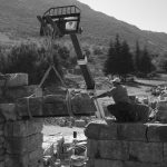 Versatz gebrochener Bauteile beim Westchalkidikum