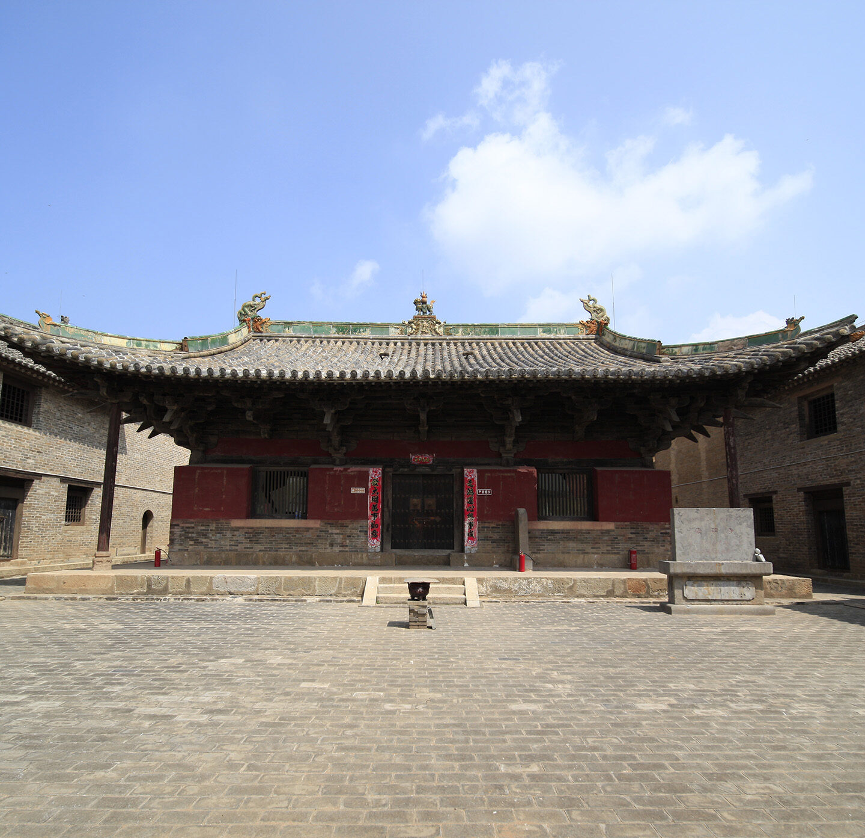 Die Mittlere Buddha-Halle des Chongming-Klosters